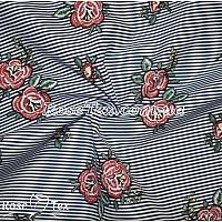 Рубашка принтованная красные цветы на темно-синей полоске